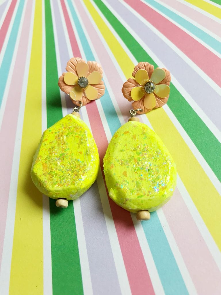 How to make DIY glitter earrings with wood beads.