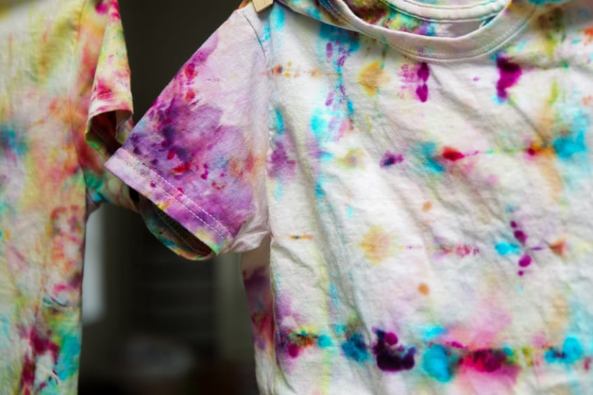 Kids T-shirt made with an ice dying technique.
